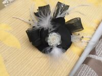 Black and cream fascinator