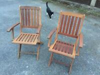 Folding Wooden Garden Chairs. Very Good Condition. Can deliver