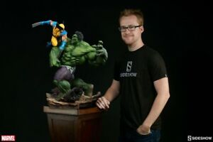Sideshow Hulk vs Wolverine maquette exclusive