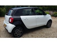 Smart ForFour Prime Premium. 17 Plate. 1350 miles. Sat nav, Leather. Manual