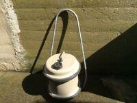 Aquaroll water carrier
