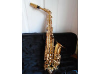 Jupiter JAS-500 Alto Saxophone and Music Books