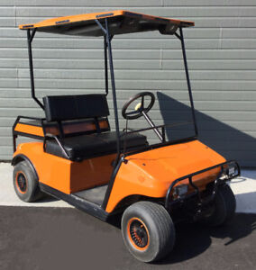 Voiturette de golf Club-Car DS orange 4 places ( car de golf )