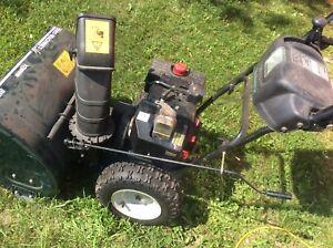 Yard machines 26 inch snowblower 8hp Tecumseh.