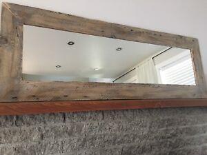 Miroir en bois de grange centenaire