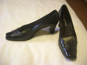 Size 8.5 Italian Leather Shoes - New Condition