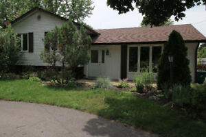 Newly Renovated 3 Bedroom!!
