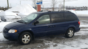 Dodge Grand Caravan Sxt 2005 (Stow n Go) Dvd