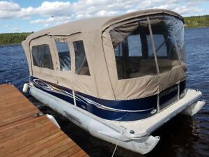 Sylvan Mirage 8520 CRS Pontoon, 50hp Yamaha and Trailer