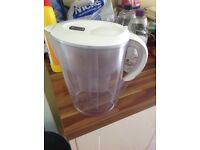 Brita filter jug and Brita maxtra filter cartridges