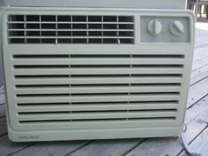 Danby air conditioner 5000btu works great