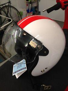 Casque de scooter ou moto neuf