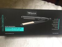 TRESemmé ceramic hair styler straightener