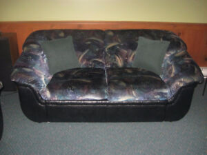 LOVESEAT FOR SALE $50 - VELOUR & FAUX LEATHER ( NEED TO C