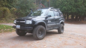 Lifted 2003 Chevy Tracker ZR2