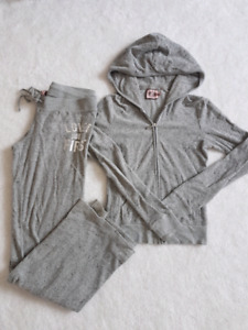 Authentic juicy couture sweat suit