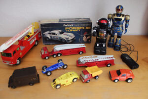 Toy lot - Tonka truck plastic battery robot battery operated