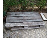 Heavy weight wooden pallet
