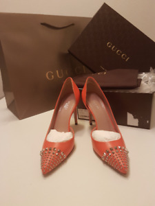 New Authentic Gucci Studded heels size 37.5