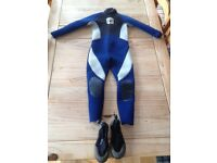 Kids steamer wetsuit with shoes