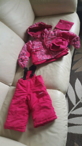 $100+ Girl/toddler snow suite brand new 24m