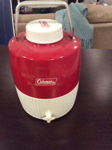 Coleman Beverage Cooler with spout