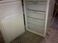 NEFF fully integrated freezer(pert of integrated fridge freezer) can deliver