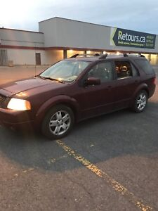 Ford freestyl limited 2007 awd