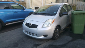2007 yaris . automatic. base model. New mvi!!!New tires