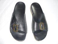 Ladies Clarks BRAND NEW black sandals - size 6