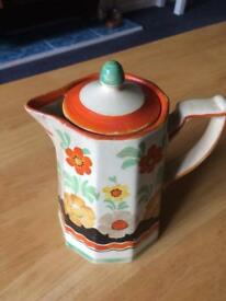 Wade 1927 hand painted water pot looks like Claris cliff !!!