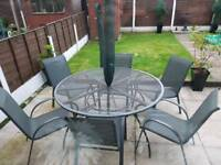 Outdoor table and 6 chair set