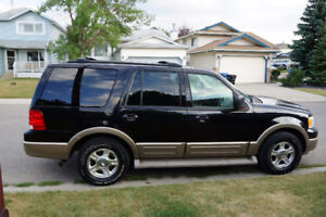 2004 Ford Expedition Eddie Bauer All wheel drive