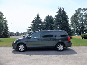 2011 Dodge Grand Caravan SE- Full Stow N Go!!  4 BRAND NEW TIRES