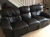 Brown leather 3-seater manual recliner sofa couch