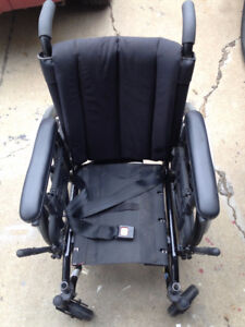 STILL LIKE NEW QUANTUM LIFESTREAM XF YOUTH MANUAL WHEELCHAIR