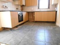 NEWLY REFURBISHED EXCELLENT 4 BEDROOM HOUSE WITH GARDEN NEAR ZONE 2 NIGHT TUBE, 24 HOUR BUSES & SHOP