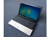 Compaq laptop 15,6in screen Dual core AMD, 3Gb ram, 320Gb Hdd, BT