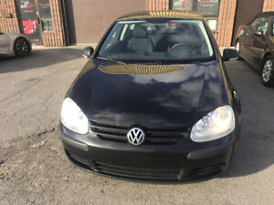 2008 Volkswagen Rabbit Trendline + Berline