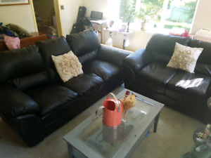 Black Leather Couch and Loveseat