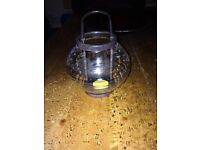 Tea light glass lantern