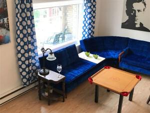 Superbe grand appartement meublé avec gout location au mois