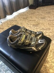 Specialized carbon bike shoes