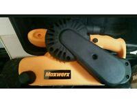 Maxwerx belt sander brand new 900 Watt belt size 76 x 533 mm comes with full carry case