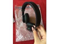 B&0 play by bang & olufsen H4 wireless headphones