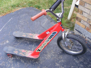 ZOOMA TRI SCOOTER