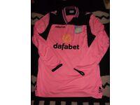 aston villa goalkeeping shirt xl