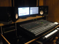 Soundcraft Mixing Desk 24 Channels + Meter Bridge