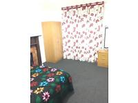 Double Room to rent. Close to Bexleyheath town centre