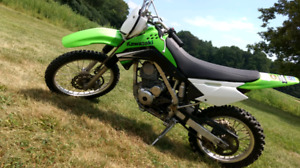 2009 kawasaki  klx 140l dirt bike